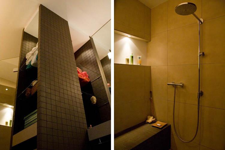 Maatwerkkast badkamer - Douche in Oosterse sfeer met betegelde zitbank