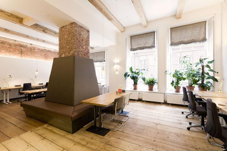 Arbo-gekeurde flexwerkplekken in een sfeervolle omgeving passend bij imago Coffee Company