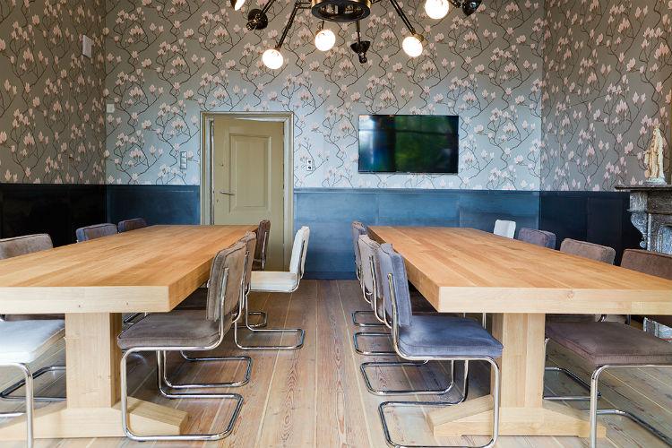 De multifunctionele vergaderruimte is ook geschikt voor flexwerken en presentaties